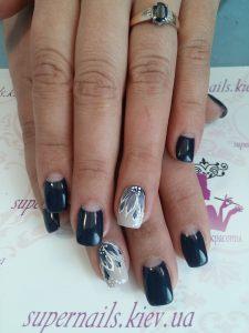 серо-синие ногти